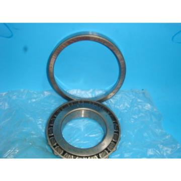NEW  30213 92KA1 TAPERED ROLLER BEARING NEW IN BOX