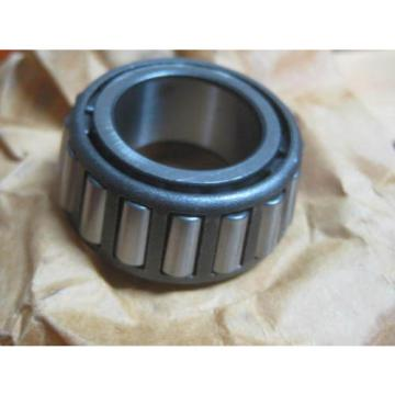 28  TAPERED ROLLER BEARINGS PART LOT 14 LM12710 & 14 LM12749 AS IS