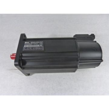 Rexroth Indramat Servo AC Motor 13.2Amp 4500RPM MKD090B-047-GG0-KN ! NEW !