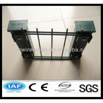 wholesale Powder Coated CE&ISO certificated Wire Fence(professional manufacturer)