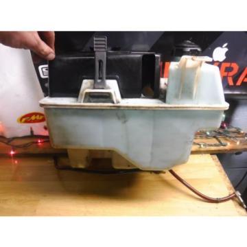 02 Polaris Edge X 600 Oil Injector Oil Tank Air Filter Box