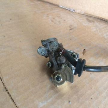 1977 kawasaki ke175 oil pump oilpump 2 cycle injector  motor b2 KE 175 ENDURO