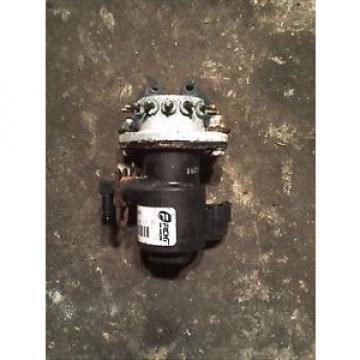 2000 JOHNSON EVINRUDE 200HP OIL INJECTOR & MANIFOLD ASSEMBLY 28