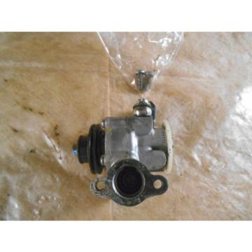 1972 72 YAMAHA LT2 100 CC OIL INJECTOR PUMP T1028