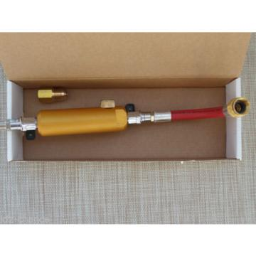 Refill injector for Fill in Oil and Fabric UV Contrast medium Leak detection
