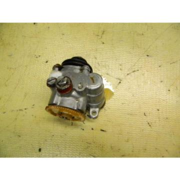 65 YJ2 YJ 2 28 Y28 60 Yamaha engine oil injector injection pump