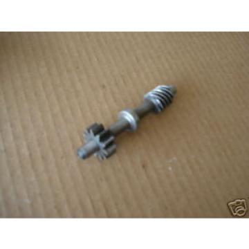 69' Suzuki T305 T-305 / OIL INJECTOR PUMP SHAFT