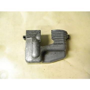 73 Suzuki GT 250 GT250 engine oil injector injection pump cover