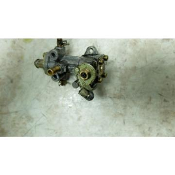 01 Polaris Indy 500 Classic Snowmobile engine oil injector injection pump