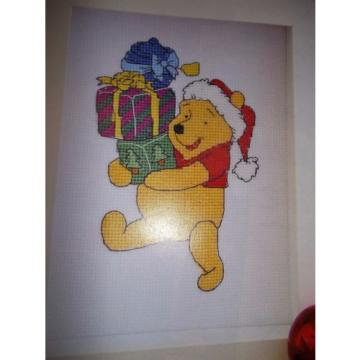 **   WINNIE THE POOH, BEARING GIFTS ** CROSS STITCH CHART BY ANCHOR **