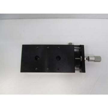 "Parker CR4703 Crossed Roller Bearing Positioner, Fine Screw, 0.75"" Travel"