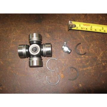 VINTAGE   ANTIQUE TRACTOR STEERING SHAFT UNIVERSAL JOINT CROSS BEARING KIT