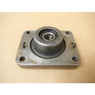 BRIDGEPORT MILL PART, MILLING MACHINE CROSS FEED BEARING BRACKET 2060082 M1185