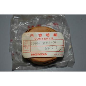 Honda   P/N 91004-MB4-000 -003 Cross Shaft Bearing  VF1100 ALL V65 Magna Sabre NOS