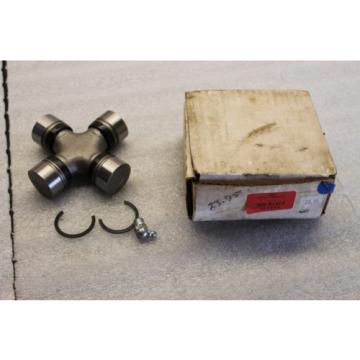 T-3 - TSCO - 957976 - Tractor Cross Bearing