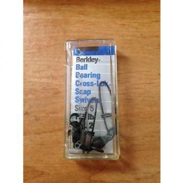 Berkley   Ball Bearing Cross-Lok Snap Swivels Size 5 175lbs 2-Pack P5XTB