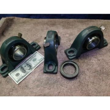 """Dodge McGill pillow block bearing 2"""" inch 124137 NEW get 1 up to 3"""