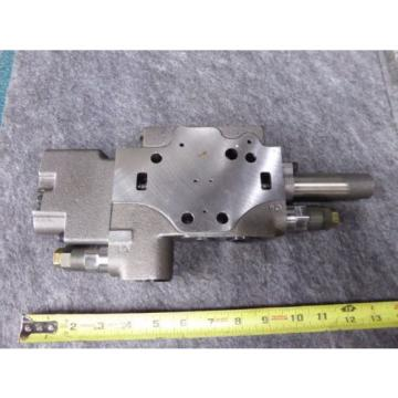 New Rexroth Sectional Valve P/N 6Y13G4, 048121C