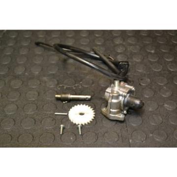 YAMAHA YFS200 BLASTER OIL PUMP COMPLETE YFS 200 engine motor oil injector 88-04