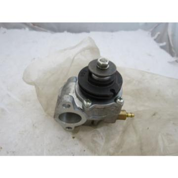 NOS OEM YAMAHA OIL INJECTION INJECTOR PUMP DT? YAM-491