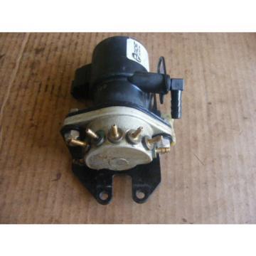 Johnson Evinrude 200-225-250 HP Oil Injector & Manifold 5000527