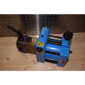 SKF THAP-300E Air Driven Hydraulic Pump Oil Injector 7bar 300mPA* THAP 300E