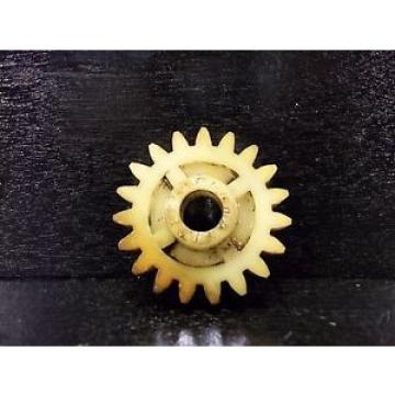 1967 68 Yamaha YR2350 R2 YR2 350 Oil Injector Gear