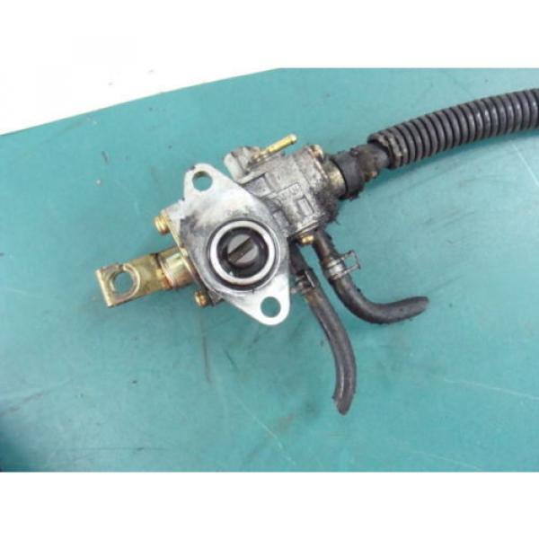 05 04 06 ARCTIC CAT FIRECAT F7 carb 700 SABRECAT? mikuni injector oil pump #4 image
