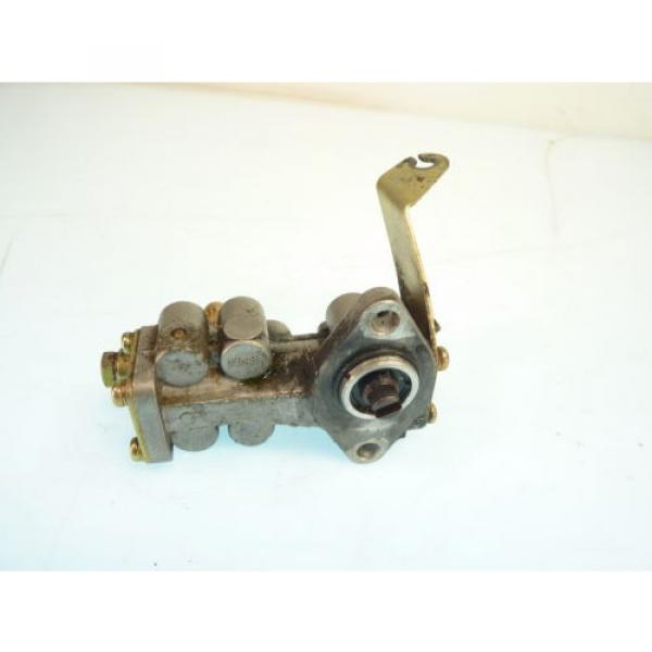 99 Arctic Cat ZR 600 EFI Engine Oil Injection Pump / OEM Mikuni Motor Injector #2 image